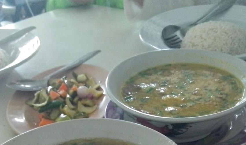 Rekomendasi Kuliner Empal Gentong di Cirebon