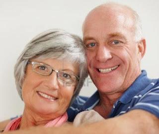 12 TIPS MENJADI SUAMI YANG ROMANTIS
