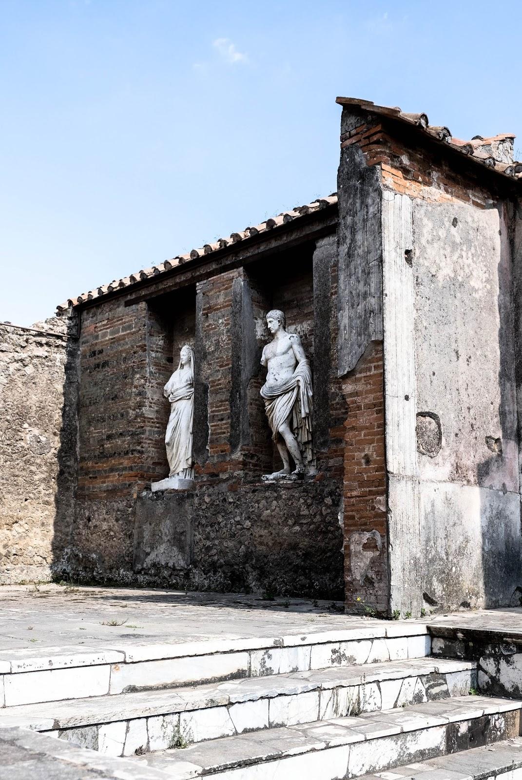 Pompeii Travel Guide | Sammy Huynn