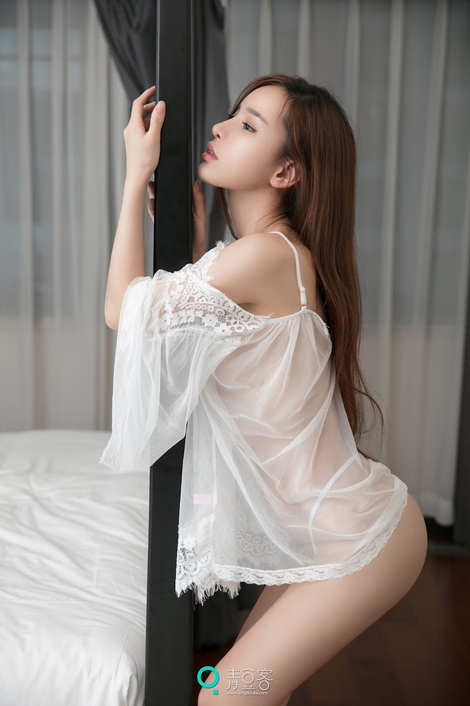 QingDouKe青豆客 NO060 2017.07.06 艾小青 [52+1P-196M]Real Street Angels