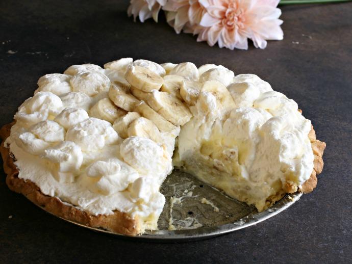 Banana cream pie made with shortcrust pastry and banana pastry cream