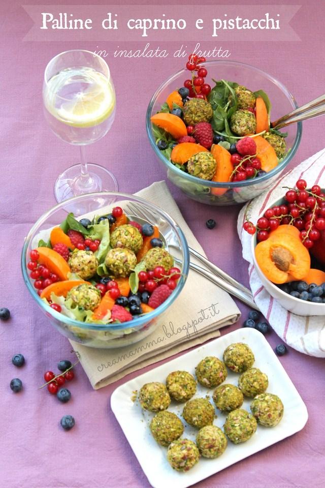 caprino pistacchi insalata  frutta