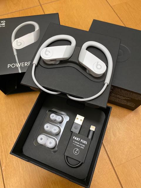 アップル Apple Beats by Dr.Dre ビーツ バイ ドクタードレ MWNW2PA/A [Powerbeats 高性能ワイヤレスイヤフォン ホワイト] (at @Yodobashi_Akiba in 千代田区, 東京都)