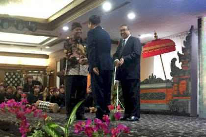 This is the First Foreign Chancellor in Indonesia
