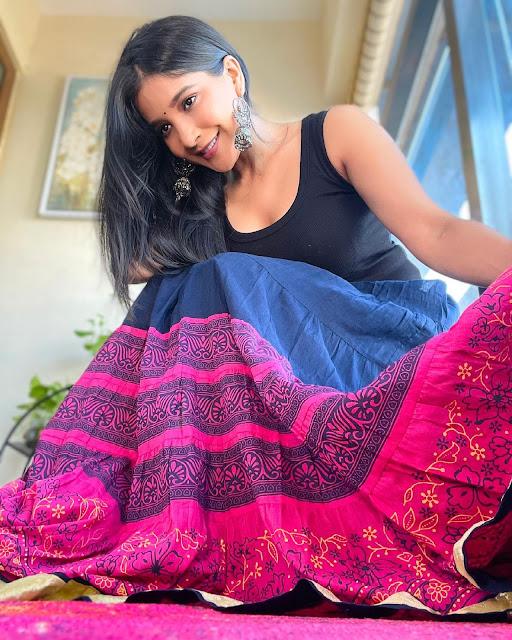 Tamil Actress Sakshi Agarwal Latest Photo Stills Actress Trend