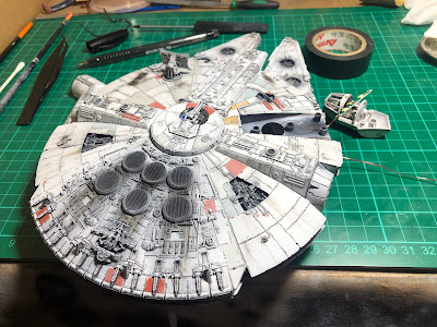 Bandai Millennium Falcon LED Lighting Cockpit