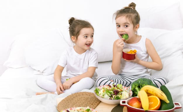 Health food tips for children that will show their results in their youth