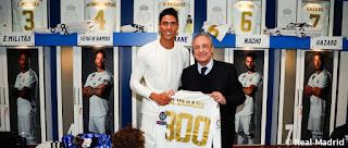 Varane se abona a los 300 cotejos vestidos de blanco