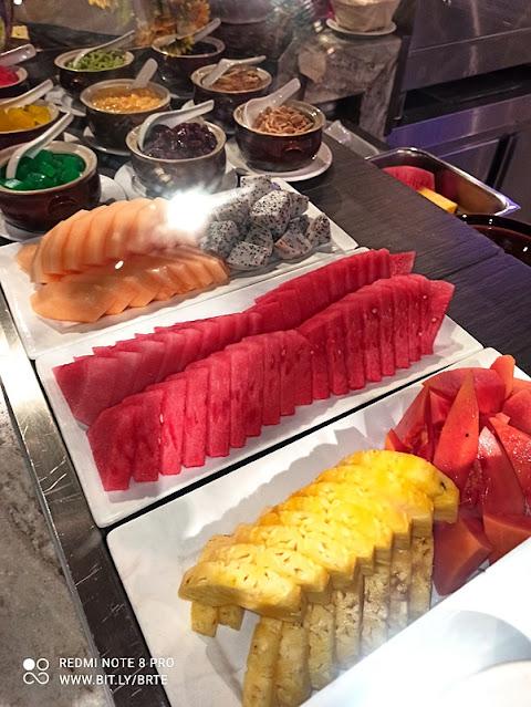 Kontiki Buffet Menu - Desserts - Local Fruits
