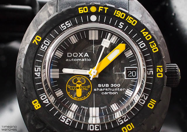 DOXA SUB 300 Carbon Aqua Lung US DIVERS