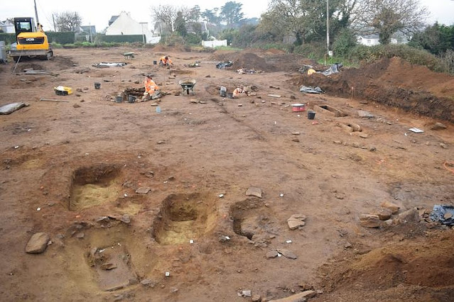 Early Bronze Age necropolis unearthed in Brittany