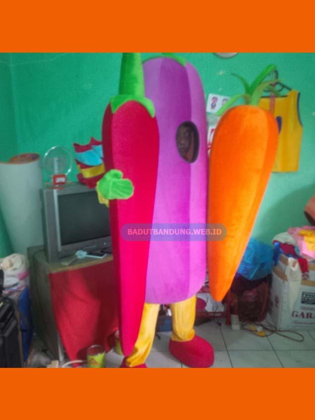 Badut cabe terong wortel desain maskot 2