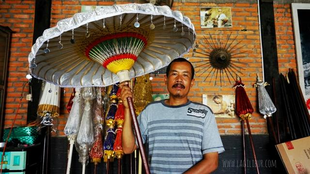 Ngadiyakur; Ketua Paguyuban Payung Lukis Ngudi Rahayu Juwiring Klaten