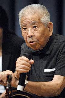 www.fertilmente.com.br - Tsutomu Yamaguchi dando entrevista