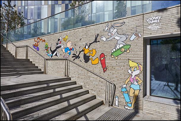 Looney Tunes Group