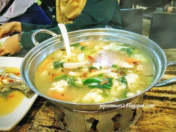 Wira Seafood batu 8, Gombak