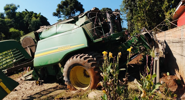Acidente com colheitadeira é registrado em Manoel Ribas