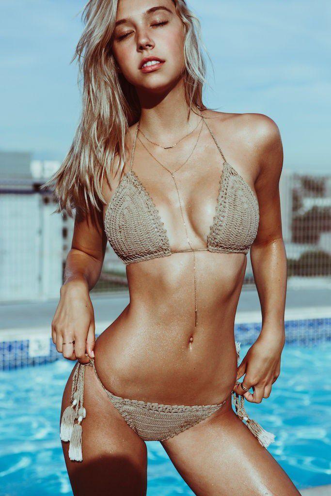 Alex morgan bikini photoshoot behind the scenes - 2 part 6