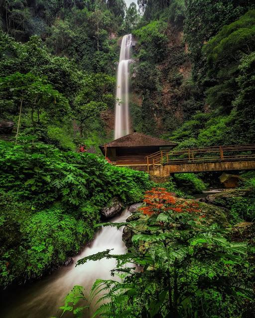 Keindahan Air Terjun Cimahi Bandung