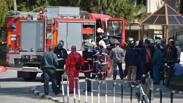 """Евакуация във военния завод """"Дунарит"""" заради опасност от взрив"""