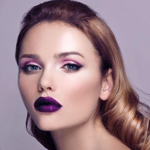 Ultra Violet color del año para 2018 en maquillaje