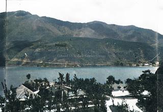 alam perbukitan daerah parapat dan danau toba