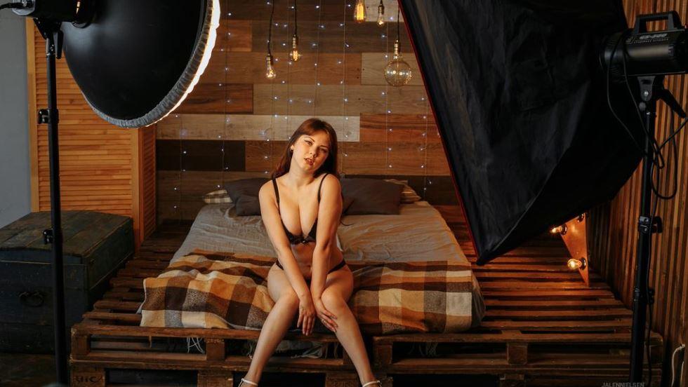 JalenNielsen Model GlamourCams