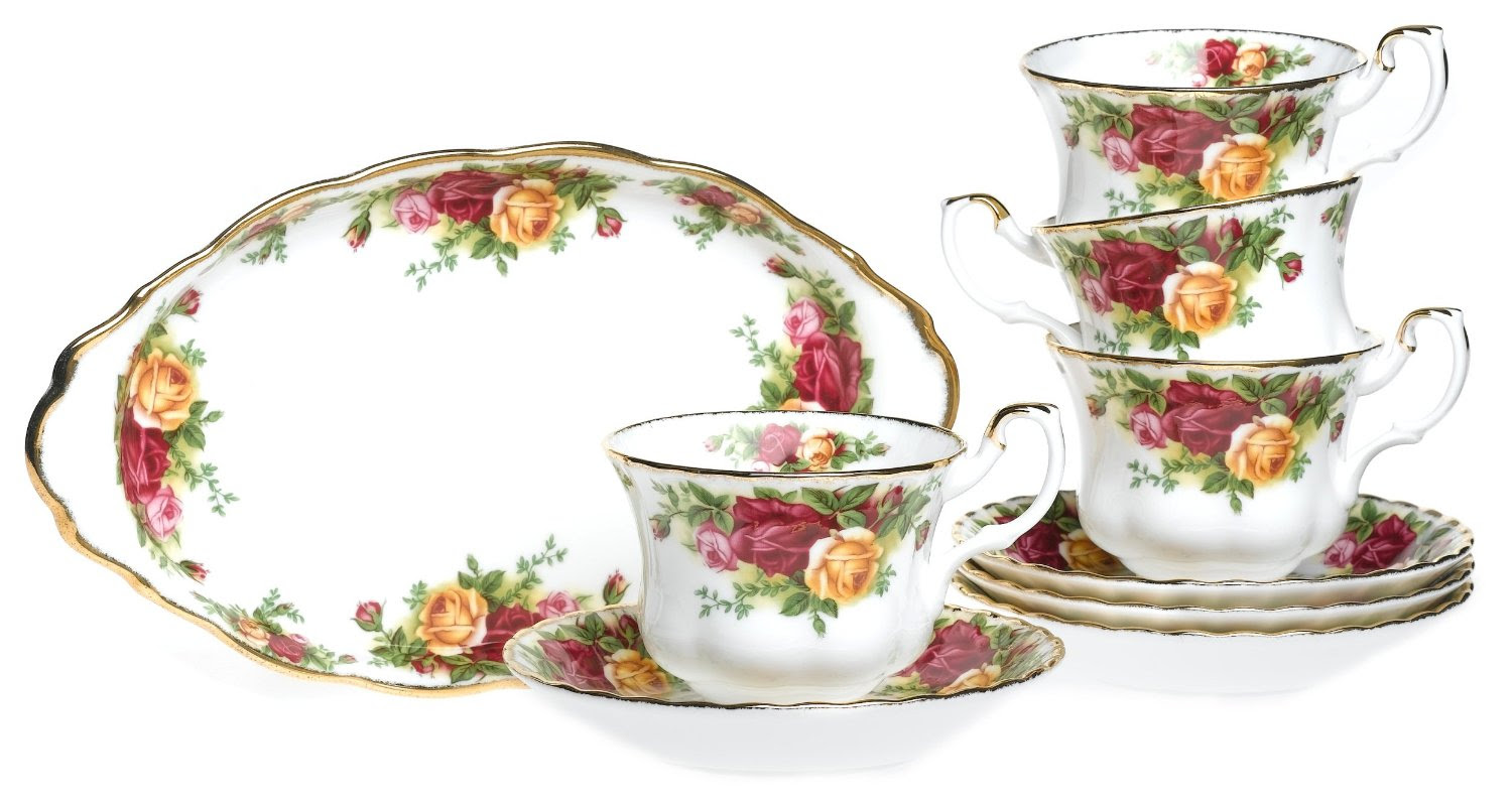 Ready Stock : Royal Albert Old Country Roses Dinner Set ...