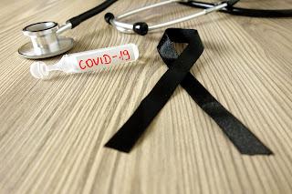 O Brasil chora por mais de 1.000 mortes de Covid por dia