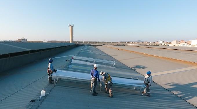 Sistema de conforto térmico tem montagem iniciada nos telhados do Moda Center Santa Cruz
