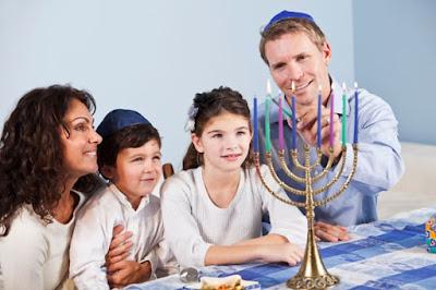 Happy Hanukkah Sayings for Greetings Cards