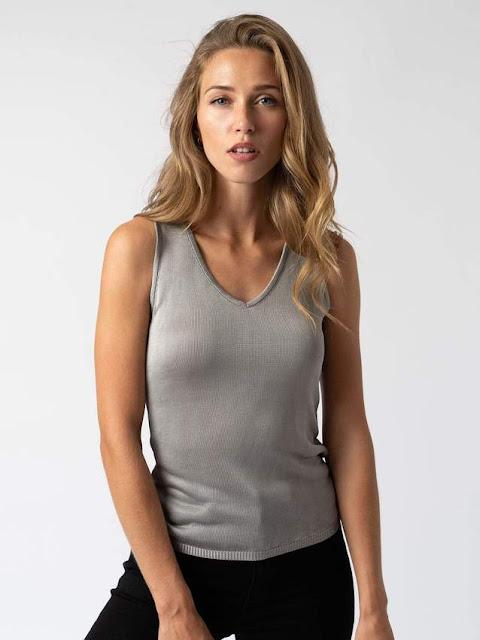 Saint & Sofia women's grey knit tank