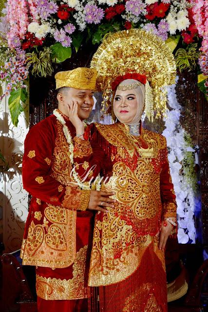 Makeup artist rias pengantin adat padang sumatra