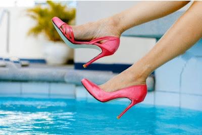 high-heels-travelling1