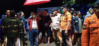 Basarnas Lampung Bantu Evakuasi Korban Banjir Bandang Teluk Betung Timur