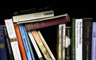 Cara Menyajikan Isi Tanggapan Buku Fiksi dan Nonfiksi Edisi Revisi 2017