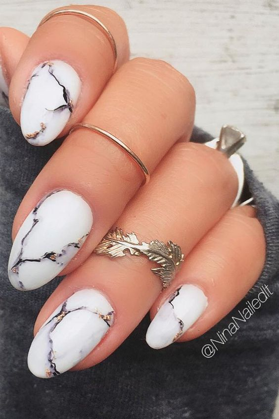 amazing marble nail design