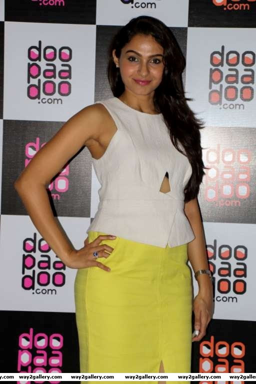 Andrea Jeremiah descended at the launch of Doopaadoo