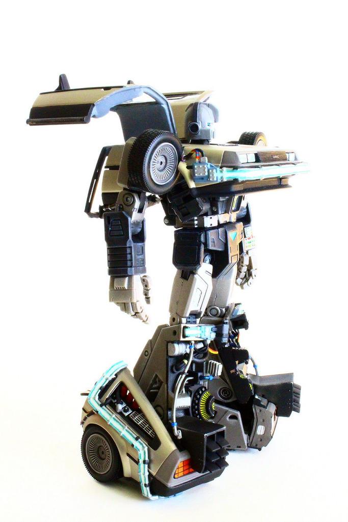 Miniatura Transformer Delorean Time Machine Blog Back To