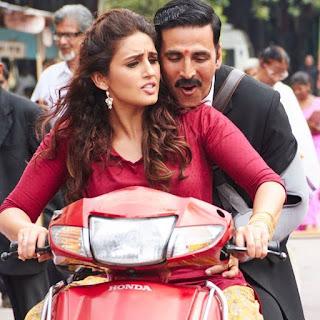 huma qureshi and akshay kumar romance