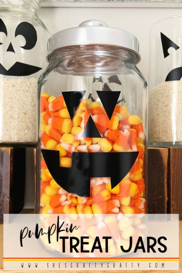 Halloween Pumpkin Face Treat Jars  |  Whip up these easy pumpkin treat jars with supplies you probably have on hand