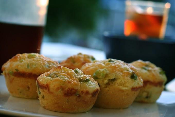 Veggie Quiche Cheddar Muffins