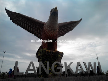 Wordless Wednesday #104 : Dataran Lang Langkawi