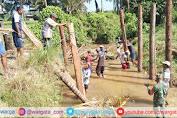 Bangun Kerjasama dengan Masyarakat, TNI Turun Tangan Bantu Warga Membangun Jembatan
