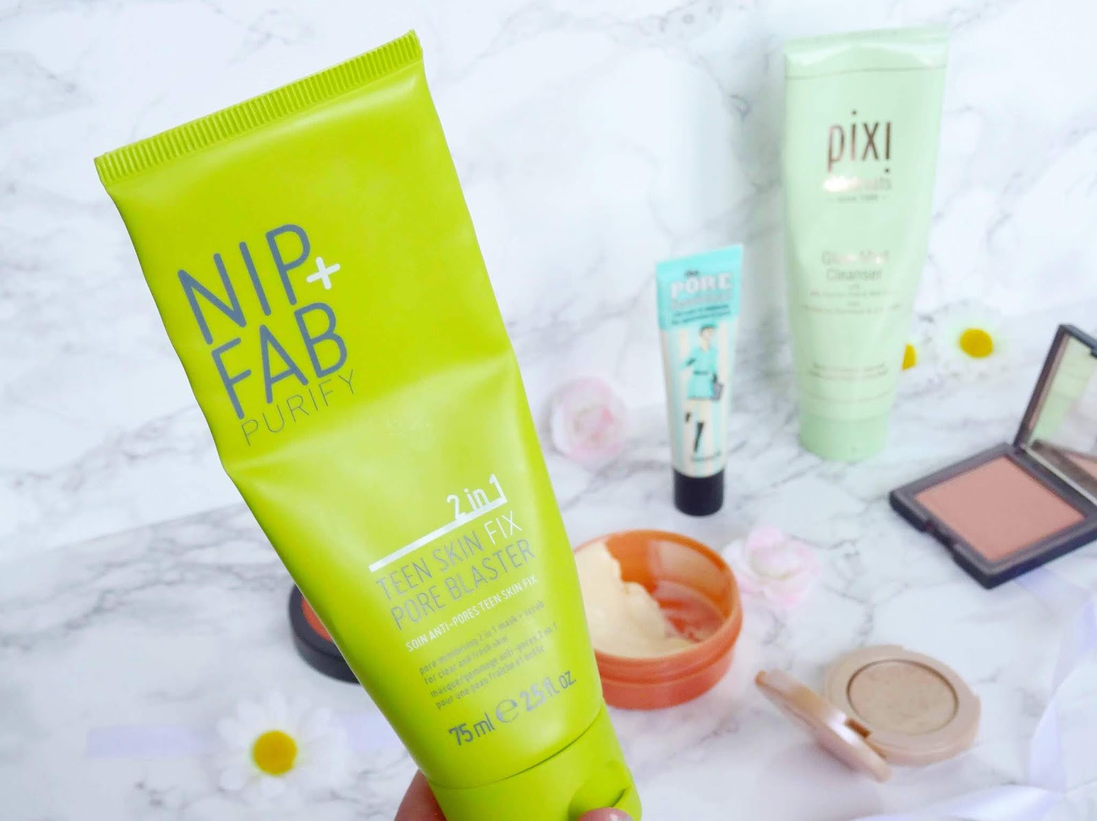 Nip+Fab 2 in 1 Teen Skin Fix Pore Blaster