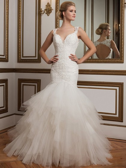 http://www.dressfashion.co.uk/product/open-back-v-neck-tulle-appliques-lace-white-trumpet-mermaid-wedding-dress-ukm00022371-14445.html?utm_source=minipost&utm_medium=1131&utm_campaign=blog