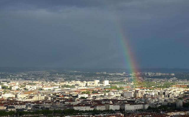 Arc-en-ciel sur Lyon