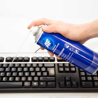 Cara membersihkan keyboard komputer dan peralatan pembersih keyboard