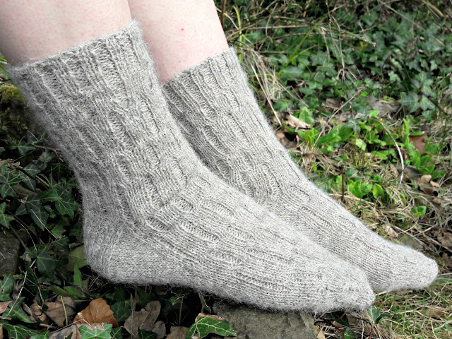 Calcite socks, free pattern at Winwick Mum blog www.winwickmum.co.uk