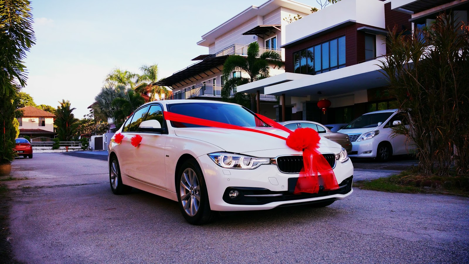 Redorca malaysia wedding and event car rental bmw 3 for Automobile decoration accessories
